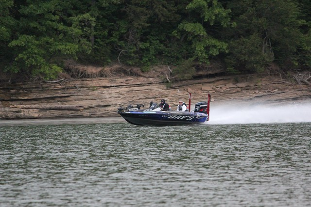 FLW Tour day two on the water photos byoutdoor writer/photographer  Brad Wiegmann
