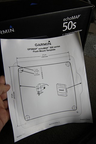 Mounting and Installing the Garmin echoMAP 50/70 Series on